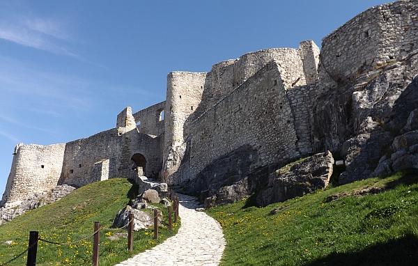Cheap travel Slovakia